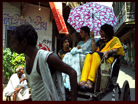 Rickshaw  ride  in the summer afternoon (Source:The Namesake)