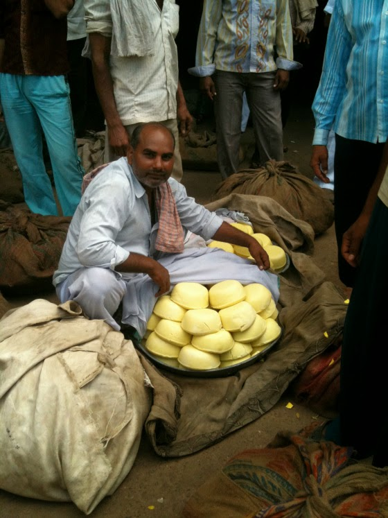 Khoya trader in old Delhi's wholesale khoya market (Photo courtesy : eatanddust)